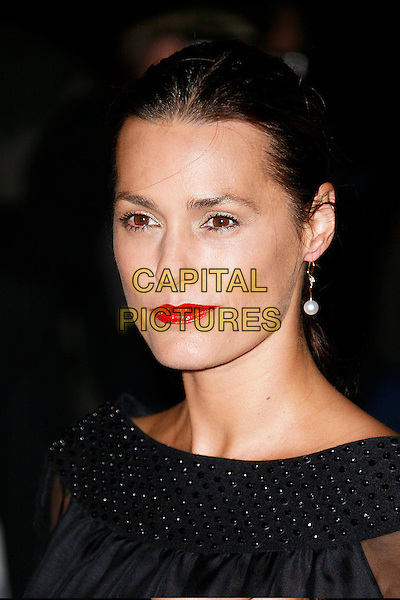 YASMIN LE BON.Attending The Golden Age of Couture VIP Gala held at the Victoria and Albert Museum, Kensington, London, England, September 18th 2007.V&A V & A portrait headshot red lipstick LeBon.CAP/DAR.©Darwin/Capital Pictures