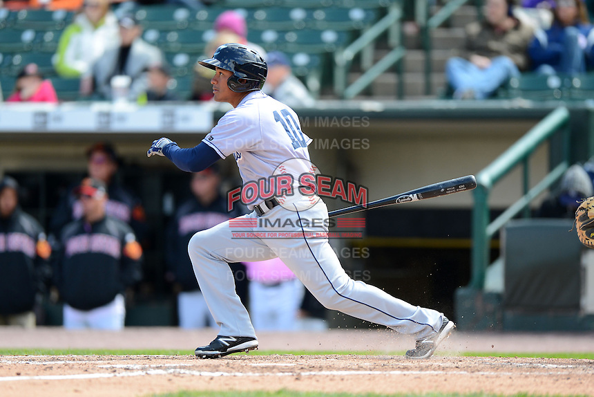 Columbus Clippers outfielder Ezequiel Carrera #10 during a game against the Rochester Red Wings on May 12, 2013 at Frontier Field in Rochester, New York.  Rochester defeated Columbus 5-4.  (Mike Janes/Four Seam Images)