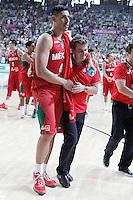 Mexico's Gustavo Ayon jokes with his coach Sergio Valdeolmillos after 2014 FIBA Basketball World Cup Round of 16 match.September 6,2014.(ALTERPHOTOS/Acero)
