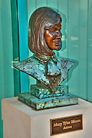 Mary Tyler Moore, Actress, Academy of Television Arts & Sciences, Celebrity, Bronze, Sculptures, Sculptural Works, Public Art, Display, North Hollywood, CA