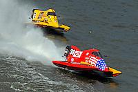 Jeff Shepherd (#38) leads Lynn Simberger (#72)   (Formula 1/F1/Champ class)