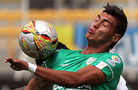 BOGOTA -COLOMBIA, 15-MARZO-2015. Ulises Tavares de La Equidadm en accion contra el Deportivo Pasto durante la decima fecha de La Liga Aguila jugado en el estadio Metroplitano de Techo  de  Bogota . / Ulises Tavares of  Equidad  in actions   against  of  Deportivo Pasto during the tenth round of La Liga Aguila played at Metropolitano de  Techo stadium in Bogota . Photo / VizzorImage / Felipe Caicedo  / Staff