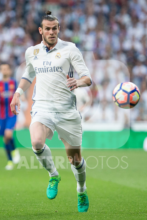 Garet Bale of Real Madrid during the match of La Liga between Real Madrid and Futbol Club Barcelona at Santiago Bernabeu Stadium  in Madrid, Spain. April 23, 2017. (ALTERPHOTOS)