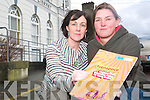 Teens need your help: Maura McDermott and Ciara O'Connor, Kerry Youth Club Support Workers who appealed to parents this week to volunteer in youth clubs, following the closure of the Listowel Youth Club this year.   Copyright Kerry's Eye 2008