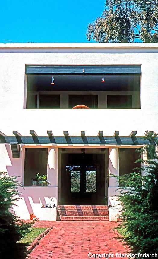 Irving Gill: Allen Residence, Bonita. Entrance--you can see through the house. Photo 2000.