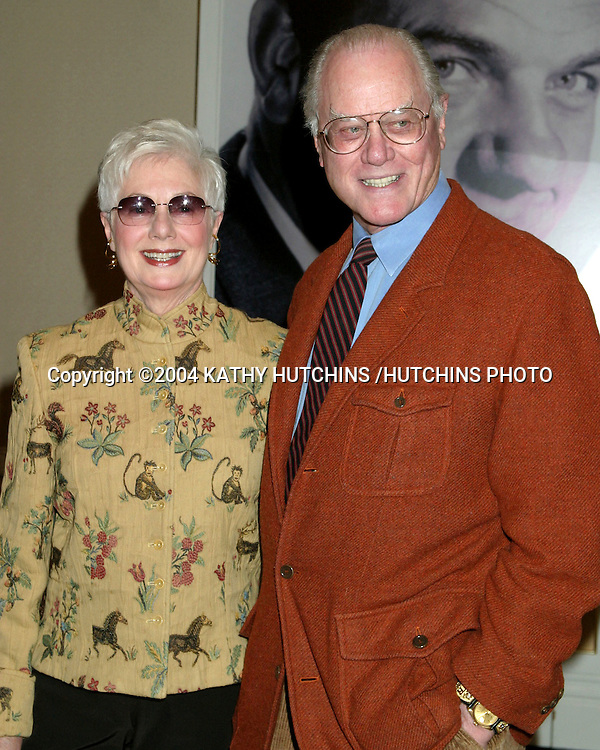©2004 KATHY HUTCHINS /HUTCHINS PHOTO.EUGENE O'NEILL THEATER .HONORS KARL MALDEN.BEVERLY HILLS, CA.NOVEMBER 11, 2004..SHIRLEY JONES.LARRY HAGMAN