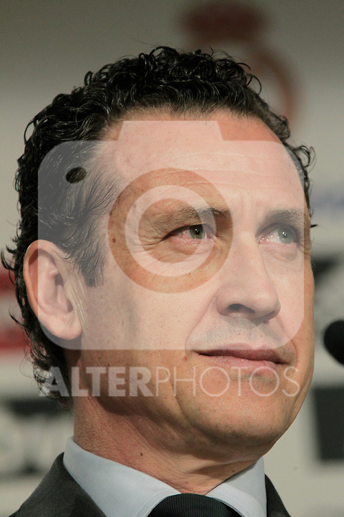 MADRID (12/08/2010).- Ricardo Carvalho press conference as new Real Madrid player. Pictured Jorge Valdano...Photo: Cesar Cebolla / ALFAQUI