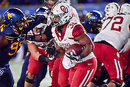Morgantown, WV - NOV 19, 2016: Oklahoma Sooners running back Samaje Perine (32) runs the ball during game between West Virginia and Oklahoma at Mountaineer Field at Milan Puskar Stadium Morgantown, West Virginia. (Photo by Phil Peters/Media Images International)
