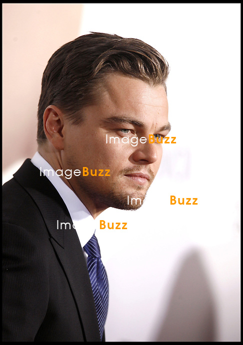 """ REVOLUTIONARY ROAD "" MOVIE PREMIERE AT THE MANN VILLAGE THEATER IN WESTWOOD..LOS ANGELES, DECEMBER 15, 2008...Pic :  Leonardo DiCaprio ..PREMIERE DU FILM ""REVOLUTIONARY ROAD"" AU MANN VILLAGE THEATRE DE WESTWOOD"