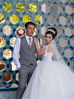 Brautpaar am Registan, Samarkand, Usbekistan, Asien<br />