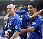 Everton's Andy Johnson celebrates his goal with Mikel Arteta. during the Premier League match at the Stadium of Light, Sunderland. Picture date 9th March 2008. Picture credit should read: Richard Lee/Sportimage