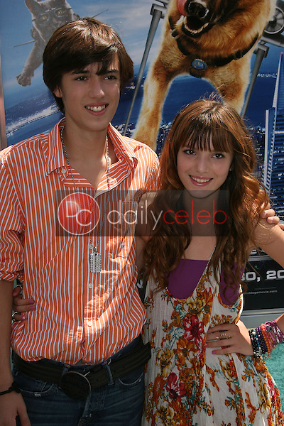 """Remy Thorne and Bella Thorne<br /> at the """"Cats and Dogs The Revenge Of Kitty Galore"""" World Premiere, Chinese Theater, Hollywood, CA. 07-25-10<br /> David Edwards/DailyCeleb.com 818-249-4998"""