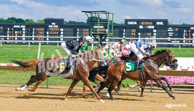 Ghost Hunter at Delaware Park on 7/6/15