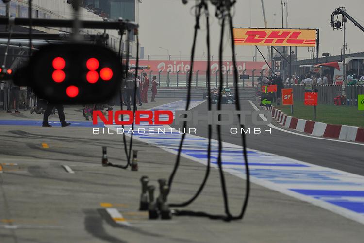 25.-27-10-2013, Jaypee-Circuit, Noida, IND, F1, Grosser Preis von Indien, Noida, im Bild  DHL Branding - Lewis Hamilton (GBR), Mercedes GP <br />  Foto &copy; nph / Mathis