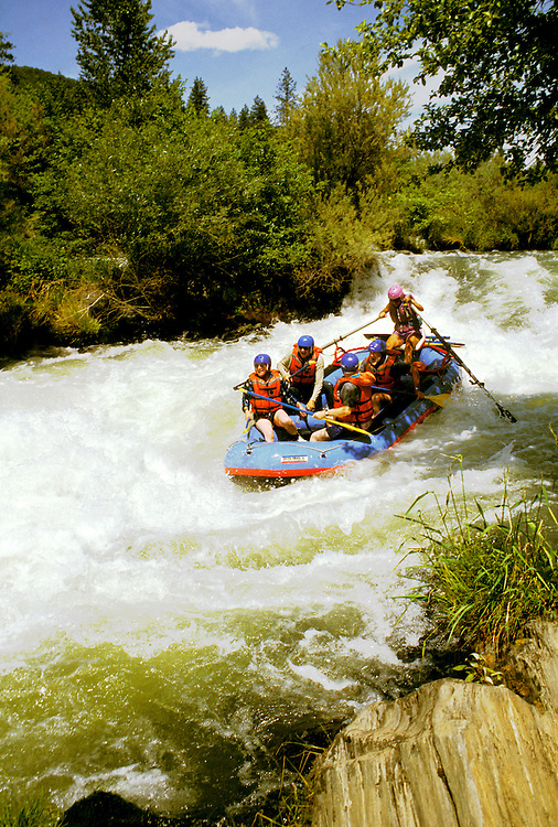 Rogue River rafting, Oregon.  Rafting the Rogue River.  Photo #: orrogu105.  Photo copyright Lee Foster, 510/549-2202, lee@fostertravel.com, www.fostertravel.com.
