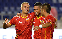 BARRANQUILLA - COLOMBIA -25-02-2014: Los jugadores de Universidad Autonoma celebran el gol anotado durante partido de la octava fecha de la Liga Postobon I 2014, jugado en el estadio Metropolitano Roberto Melendez de la ciudad de Barranquilla. / The players of Universidad Autonoma celebrate a goal scored during a match for the eighth date of the Liga Postobon I 2014 at the Metropolitano Roberto Melendez stadium in Barranquilla city. Photo: VizzorImage  / Alfonso Cervantes / Str.