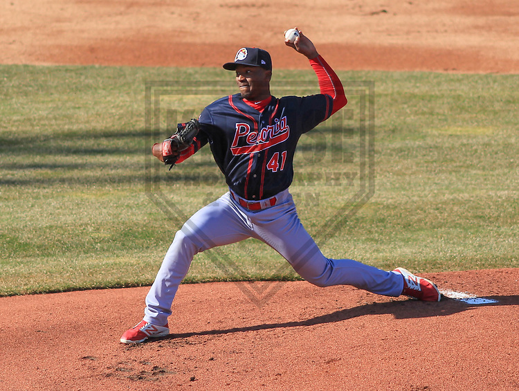 APPLETON - April 2015: pitcher Dewin Perez (41) of the Peoria Chiefs during a game against the Wisconsin Timber Rattlers on April 12th, 2015 at Fox Cities Stadium in Appleton, Wisconsin. (Photo Credit: Brad Krause)