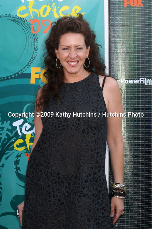 Joely Fisher arriving  at the Teen Choice Awards 2009 at Gibson Ampitheater at Universal Studios, Los Angeles, CA  on August 9,  2009 .©2009 Kathy Hutchins / Hutchins Photo.