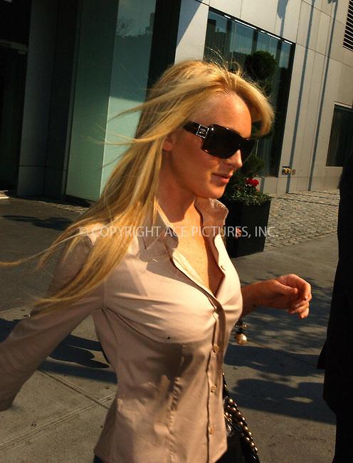 WWW.ACEPIXS.COM . . . . .  ....NEW YORK, JUNE 21, 2005....Lindsay Lohan leaves her downtown hotel for an appearance on The Late Show with David Letterman.....Please byline: Ian Wingfield - ACE PICTURES..... *** ***..Ace Pictures, Inc:  ..Craig Ashby (212) 243-8787..e-mail: picturedesk@acepixs.com..web: http://www.acepixs.com