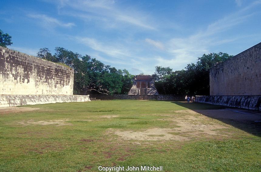 The Great Ball Court or Gran Juego de Pelota at the Mayan ruins of Chichen Itza, Yucatan, Mexico