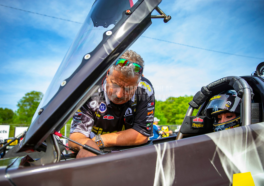 May 4, 2018; Commerce, GA, USA; Joe Barlam crew chief for NHRA top fuel driver Leah Pritchett during qualifying for the Southern Nationals at Atlanta Dragway. Mandatory Credit: Mark J. Rebilas-USA TODAY Sports