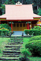 Nechung Drayang Ling (Wood Valley Temple) was built in 1926 by Japanese immigrants. The temple is now a nonsectarian retreat in the Tibetan Buddhist tradition