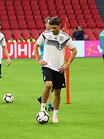 Jonas Hector (Deutschland Germany) - 12.10.2018: Abschlusstraining der Deutschen Nationalmannschaft vor dem UEFA Nations League Spiel gegen die Niederlande