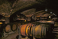 France/Bourgogne/Côte d'Or/21/Meursault : Cave du Château de Meursault - Détail des Barriques [Non destiné à un usage publicitaire - Not intended for an advertising use]