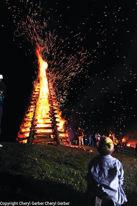 Lutcher bonfires, Christmas Eve, 2012