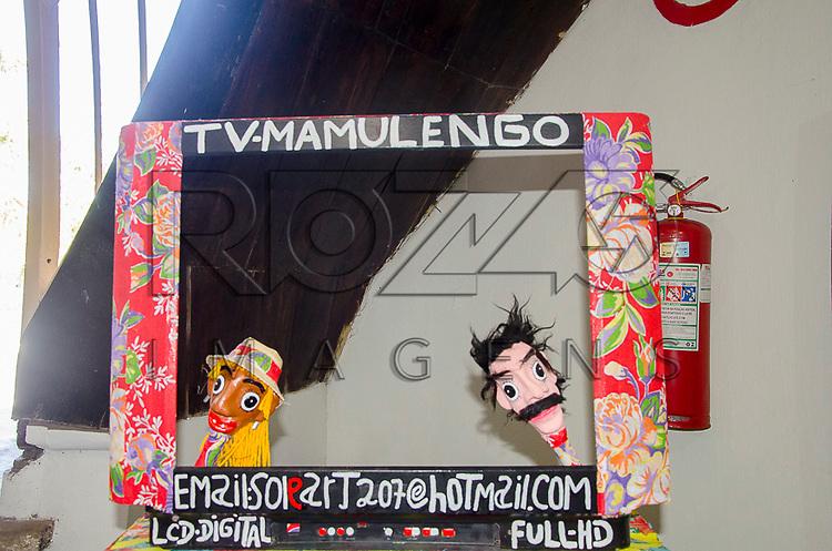 Bonecos de Mamulengo na Casa da Cultura de Pernambuco - antiga Casa de Detenção inaugurado em 1855, que atualmente abriga lojas de artesanato, centro histórico de Recife - PE, 12/2012.