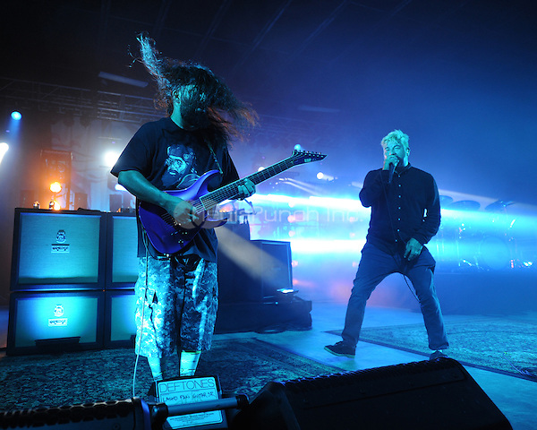 POMPANO BEACH FL - MAY 13: Stephen Carpenter and Chino Moreno of Deftones perform at The Pompano Beach Amphitheater on May 13, 2016 in Pompano Beach, Florida. Credit: mpi04/MediaPunch