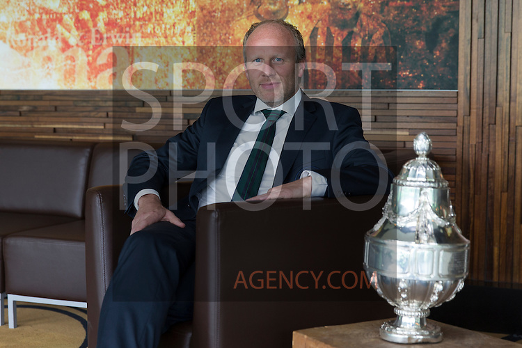 08-07-2015, Management, Presenstatiegids, Marc-Jan Oldenbandringh, RA<br /> Manager financi&euml;le, zaken sinds,  2012, KNVB, Beker,