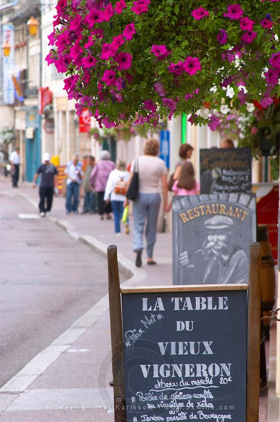 rue fg madeleine beaune cote de beaune burgundy france