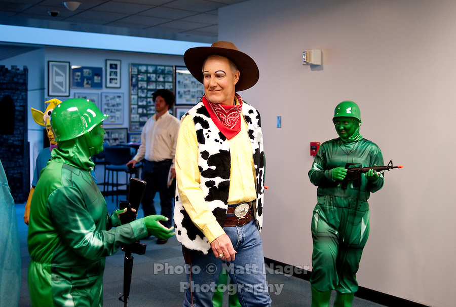 Southwest Airlines Chief Executive Officer and President Gary Kelly (cq) dressed as Woody from Toy Story during the Southwest Airlines annual Halloween festivities at the headquarters building near Love Field Airport in Dallas, Texas, Friday, October 29, 2010...PHOTO/ MATT NAGER