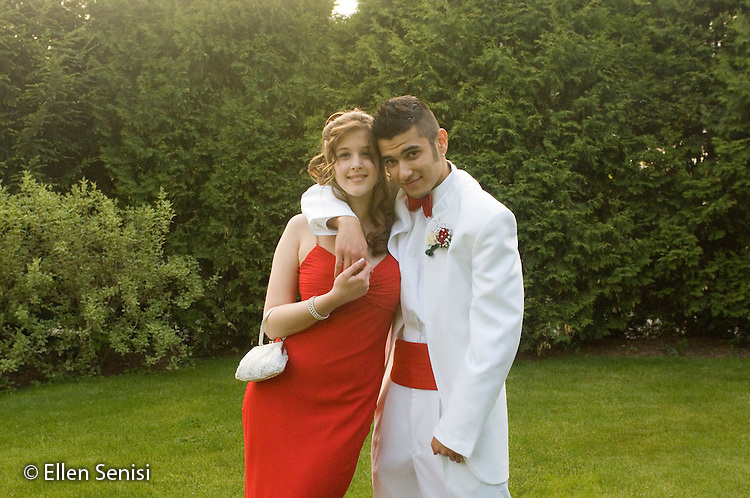 MR/ Schenectady, New York / May 20, 2005.Portrait of teen couple (boy: 19, Uzbekistani- American / Russian immigrant, girl: 17) on way to high school prom..MR: Isk2, Law3.© Ellen B. Senisi