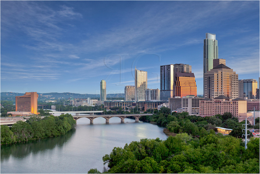 The Milago offers a great view of the Austin skyline and Ladybird Lake.<br />