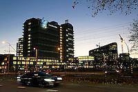 Nederland Amsterdam 2016. De Zuidas bij avond. Links de Vrije Universiteit. Foto Berlinda van Dam / Hollandse Hoogte