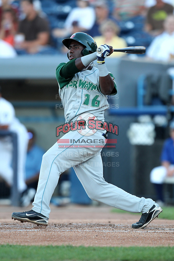 Fort Wayne TinCaps Edinson Rincon during a game vs. the West Michigan Whitecaps at Fifth Third Field in Comstock Park, Michigan August 18, 2010.   Fort Wayne defeated West Michigan 5-1.  Photo By Mike Janes/Four Seam Images