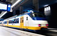 Nederland Delft - 2018. Sprinter vertrekt.  Foto Berlinda van Dam / Hollandse Hoogte