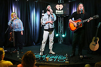 BALA CYNWYD, PA - OCTOBER 8 : The Head and the Heart visit Radio 104.5 performance studio in Bala Cynwyd, Pa October 8, 2019  <br /> CAP/MPI09<br /> ©MPI09/Capital Pictures