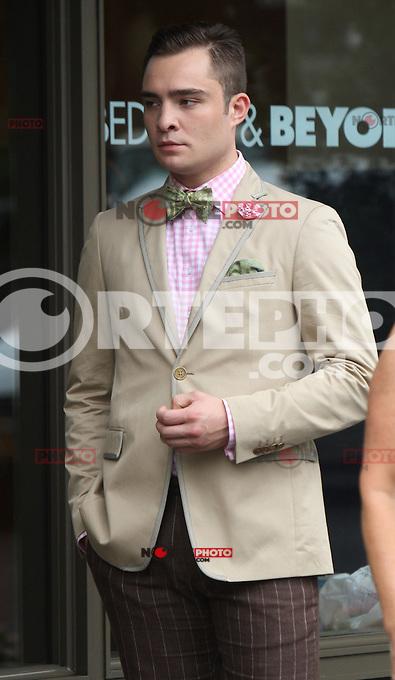 August 10, 2012  Ed Westwick,   shooting on location for  Gossip Girl in New York City.Credit:&copy; RW/MediaPunch Inc. /NortePhoto.com*<br /> <br /> **CREDITO*OBLIGATORIO** <br /> *No*Venta*A*Terceros*<br /> *No*Sale*So*third*<br /> *** No Se Permite Hacer Archivo**