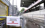 """FussballFussball: agnph001:  1. Bundesliga Saison 2019/2020 27. Spieltag 23.05.2020<br /> SC Freiburg - SV Werder Bremen<br /> Ein Schild mit der Aufschrift """"Medizinischer Isolationsraum"""" im Schwarzwald Stadion vor dem Spiel.<br /> FOTO: Markus Ulmer/Pressefoto Ulmer/ /Pool/gumzmedia/nordphoto<br /> <br /> Nur für journalistische Zwecke! Only for editorial use! <br /> No commercial usage!"""