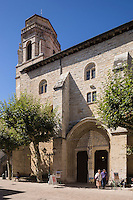 France, Aquitaine, Pyrénées-Atlantiques, Pays Basque,   Saint-Jean-de-Luz: Eglise Saint-Jean-Baptiste  , le clocher //  France, Pyrenees Atlantiques, Basque Country: Church of St. John the Baptist, the bell tower