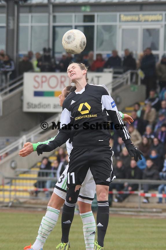 Kopfball Simone Laudehr (FFC)