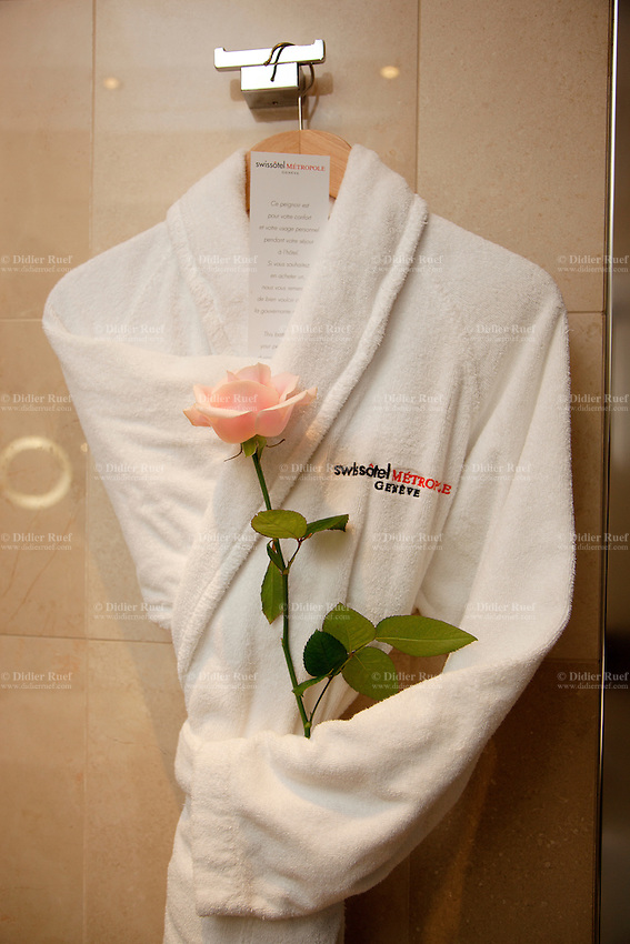 Switzerland. Geneva. Hotel Métropole. Wedding. Honeymoon Bathroom Suite decorated with a pink rose. 9.11.13 © 2013 Didier Ruef
