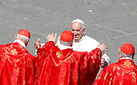 Pope Francis greets cardinals at the end of the Palm Sunday Mass in St. Peter's Square at the Vatican, March 25, 2018.<br /> UPDATE IMAGES PRESS/Riccardo De Luca<br /> <br /> STRICTLY ONLY FOR EDITORIAL USE