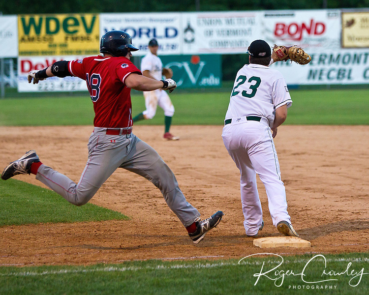 New Bedford starter Brian Derner pitched seven shutout innings giving up one hit while the offense scored eight runs as the Bay Sox defeated the Vermont Mountaineers 8-1 at Montpelier Recreation Field in New England Collegiate Baseball League (NECBL) action on Friday.