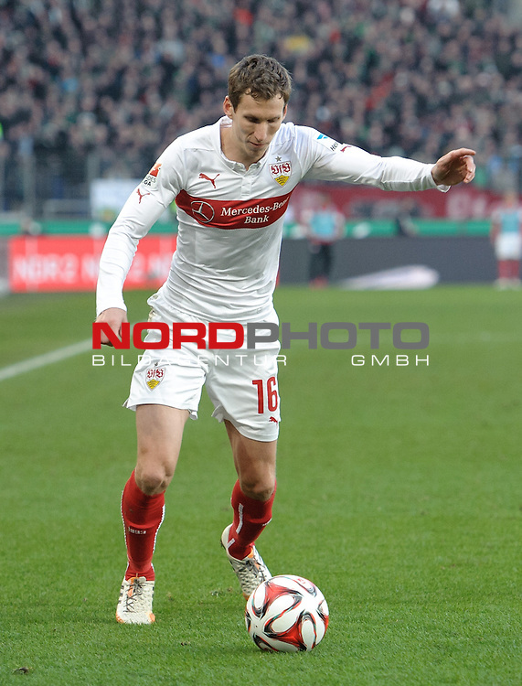 28.02.2015, HDI Arena, Hannover, GER, 1.FBL, Hannover 96 vs VfB Stuttgart, im Bild Florian Klein (Stuttgart #16)<br /> <br /> Foto &copy; nordphoto / Frisch