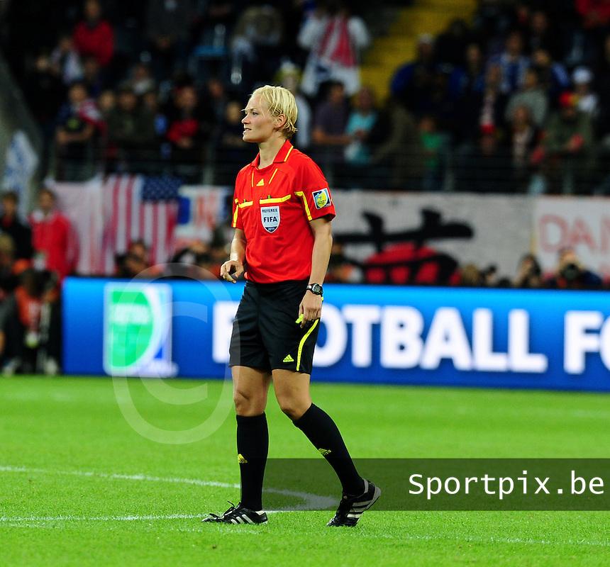 Fifa Women's World Cup Germany 2011 : Japan - USA  at Commerzbank Arena Frankfurt : Bibiana Steinhaus.foto DAVID CATRY / Vrouwenteam.be
