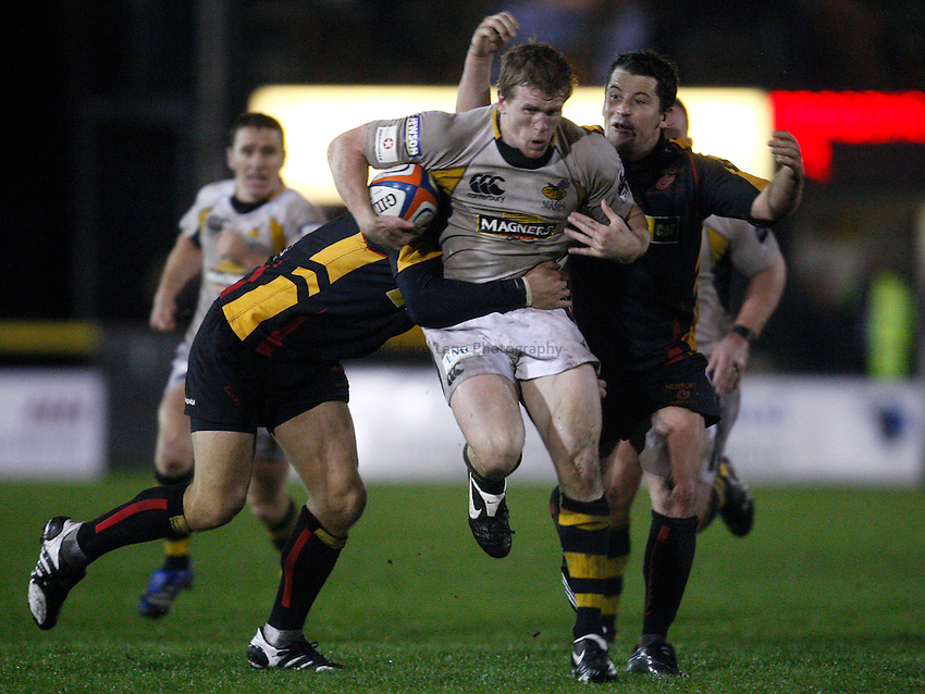 Photo: Richard Lane/Richard Lane Photography..Newport Gwent Dragons v London Wasps. EDF Energy Cup. 27/10/2007. .Wasps' Tom Rees attacks.